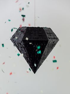 Diamond pinata