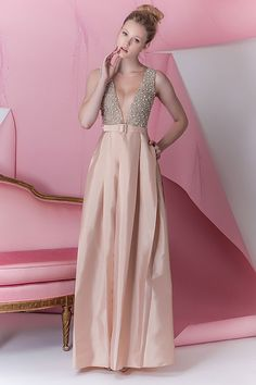 Este vestido ficaria perfeito na #BlakeLively Alfaiataria na festa de Patricia Bonaldi #PatriciaBonaldi