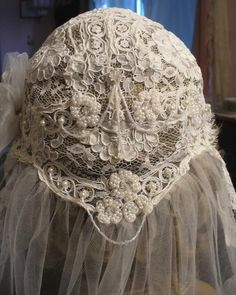Lace  Wedding Cap and Veil.Vintage.