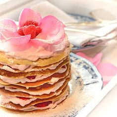 pretty layered pancake cake...