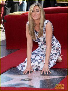 Jennifer Aniston: Hollywood Walk of Fame Star!