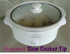 Summer Crockpot Cookin'... Outside!  {+ easy crockpot recipes!} #slow #cooker #tips