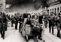 Leaving the Warsaw ghetto - 1943