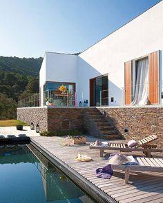 MODERN COUNTRY ESCAPE: A not-too-modern home inSpain. 7/28/2012 via Desire To Inspire