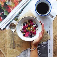 nourishing pumpkin granola with walnuts, pumpkin seeds & pure maple syrup (#vegan) // inmybowl.com