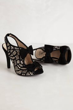 Bobbin Lace Pumps - birthday shoes?