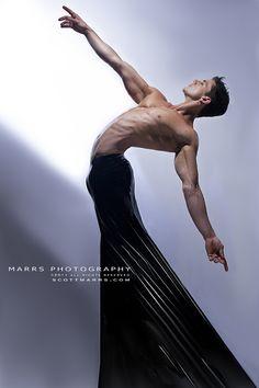 Joe Putignano | © Scott Marrs ► scottmarrsphotography.com | #MaleModel #shirtless #pecs #abs #torso #muscular