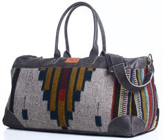 dig the native american style, need a mexican blanket to go with