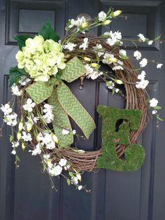 monogram wreath, wreath with letter, spring summer wreath, housewarming, front door, grapevine wreath, burlap wreath, wreath with bow,