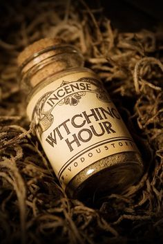 ✯ Witching Hour Incense :: The Vodou Store ✯