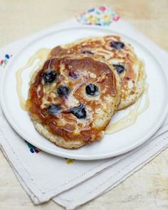 Great pancake recipe for kids without sugar: Jamie Oliver's All-American Pancakes