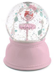 A snow globe & lamp by DJECO