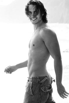 Taylor Kitsch... Tim Riggins. Texas forever, okay thankz