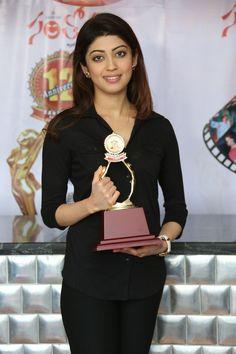 Pranitha Subhash at Santosham Awards-2014 Curtain Raiser