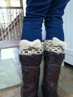 Diy Bow Boot Cuff craft, crochet boot cuffs, bow boot, bootcuff, crochet bows, crochet patterns, diy, boot socks, boots