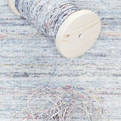 this is AMAZING- recycle newspaper into yarn