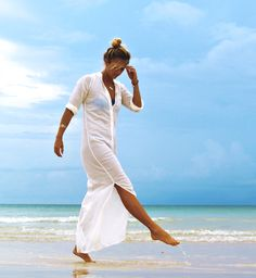 Long white simple beach dress + messy topknot :)