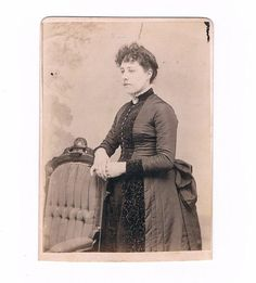 1880s Bustle Era Cabinet Card of a Lady with Curl Bangs