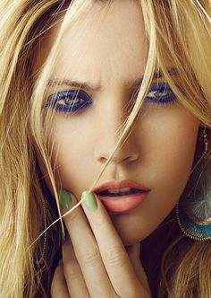 #makeup #eyeshadow #eyeliner #mascara #eyes #lips