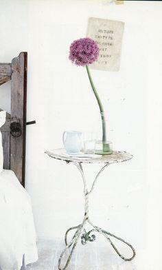 ♥ interior design, style, globes, vintage tables, shabbi chic, purple flowers, white, bedside tables, cottage bedrooms