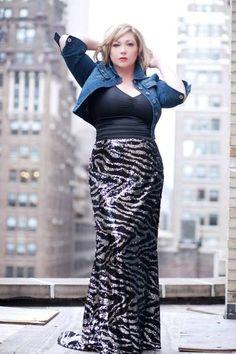 Big girls fashion. Curvy curves women with confidence