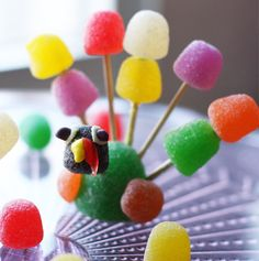 GumdropTurkey ~ Fun activity for the kiddos during the holidays!