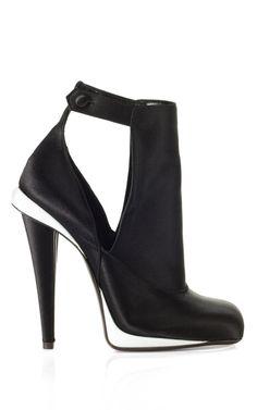 Black & White 2012 Fendi