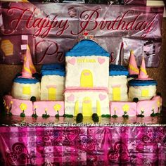 Coolest Castle Birthday Cake... This website is the Pinterest of birthday cake ideas