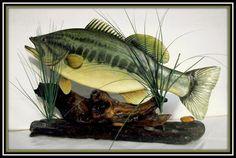wood carver, table displays, folk art, fish wood, art table, wood carvings, largemouth bass, intarsia woodwork