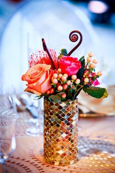 Love this vase! Photography by lifefusion.com, Floral Design by jerifloraldesign.com