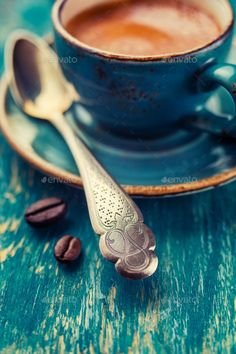 Coffee Spoon, Close-