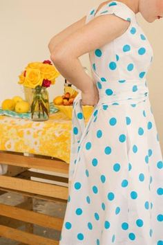 A sweet and easy wrap dress with no closures to sew. not a tutorial