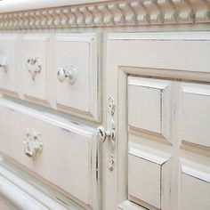 Chalk painted furniture - looks great!  #furniture #design #details www.asimplerdesign.com  (at A Simpler Design)