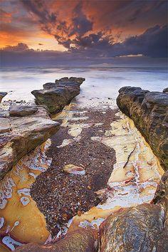 Rapid Creek finger rocks, Darwin, Australia