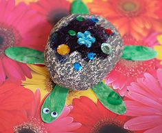 Cute Turtle Craft using a rock, wooden craft spoons, googly eyes and embellishments