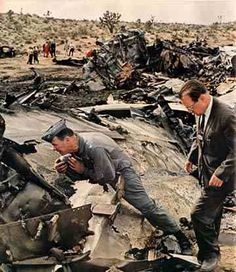 XB-70 crash - inspecting the wreck