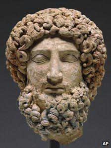 Hades escultura -400 a.C.  José Armando Flores Vázquez