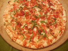 Gluten Free Caramelized Onion, Garlic and Bacon White Pizza | Udi's® Gluten Free Bread