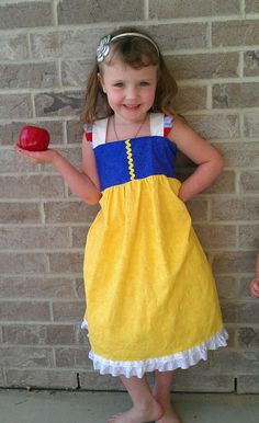 Snow White  Dress - Disney Princess dress up on Etsy, $39.00 could get other princesses?!