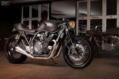 Yamaha XJR1300 aka Monkeefist by Wrenchmonkees - Moto Rivista
