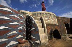 mud house | ghana | foto: ariadne van zandbergen