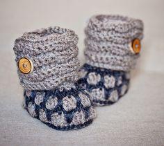 Honeycomb Boots pattern by Mon Petit Violon