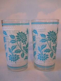Set of 2 Swanky Swig Blue / Teal Cornflower Continental Can Company Glasses