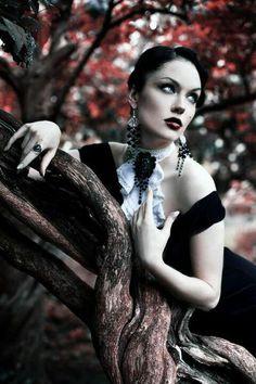 goth girls, gothic beauti, fashion, ġothic ℬeauti, gothic photographi, dark beauti, gothic art, dark side, goth gothic