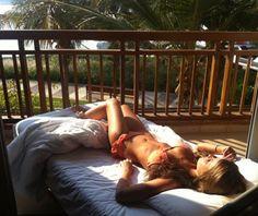 outdoor beds, bathing, ruffl, balconies, beach, bikini, place, tan, sun kissed