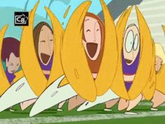When Kim Possible and her cheer squad had an off day. | 27 Disney Cartoons Paused At Exactly The Right Moment
