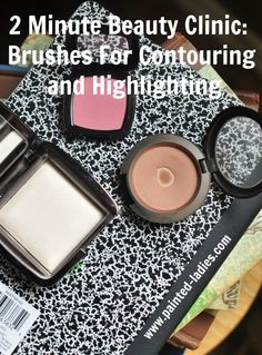 2 Minute Beauty Clinic Brushes For Contouring and Highlighting