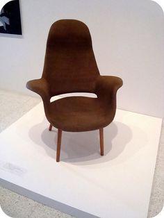 Eero Saarinen, chair.