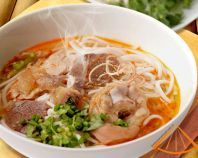 Easy Vietnamese Recipes.  This website is loaded with awesome Vietnamese recipes.  When the weather warms up I crave light and fresh food, and Vietnamese food definitely fits the bill.