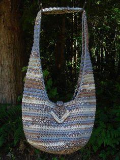 Sling Bag Pattern Free Download : Bags - Crochet Slouch/Hobo on Pinterest Crochet Bags, Hobo Bags and ...